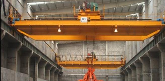 Cranes of garbage incineration plant