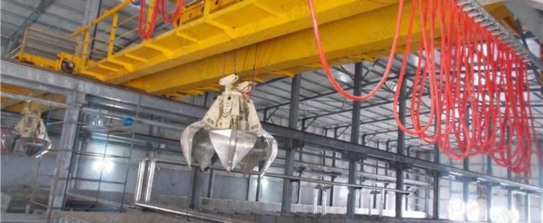 structure of garbage crane